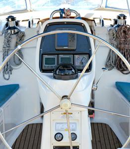 olympic_yachting_ira_boat